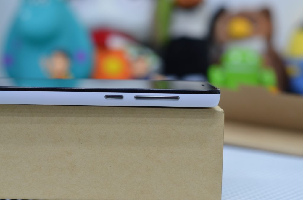 Redmi 2 pime Side view