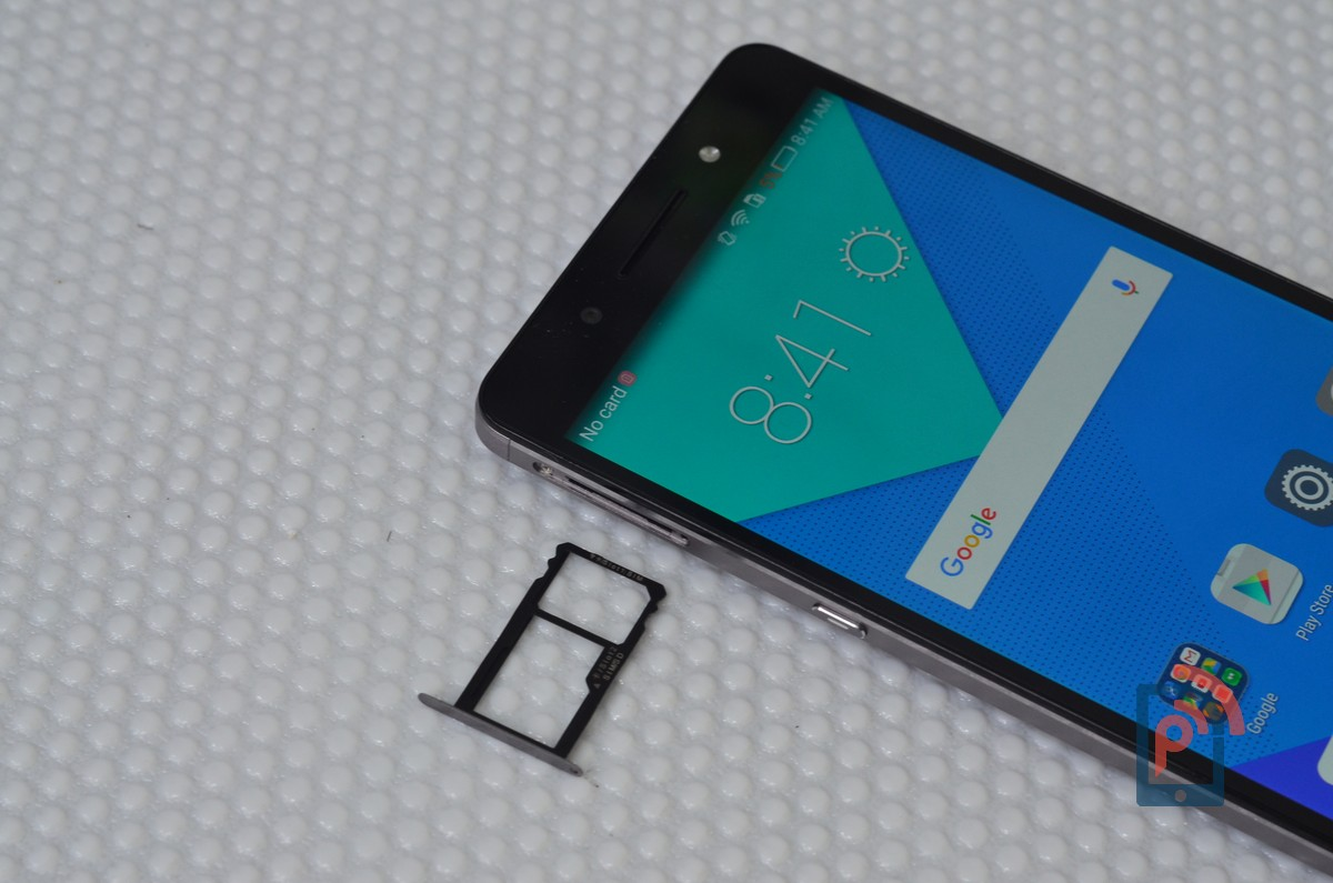 Honor 7 - Hybrid Dual SIM Slot