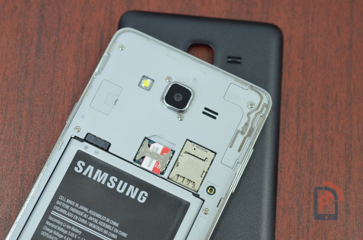 Samsung Galaxy ON7 - micro SIM and microSD Card